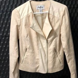 Daytrip jacket with gold zippers